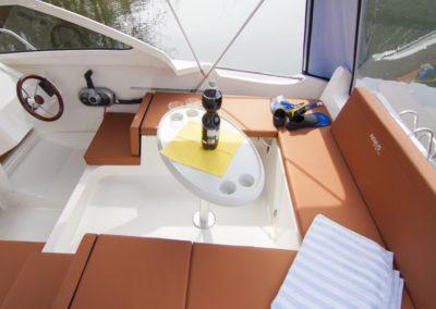 house boatxs2